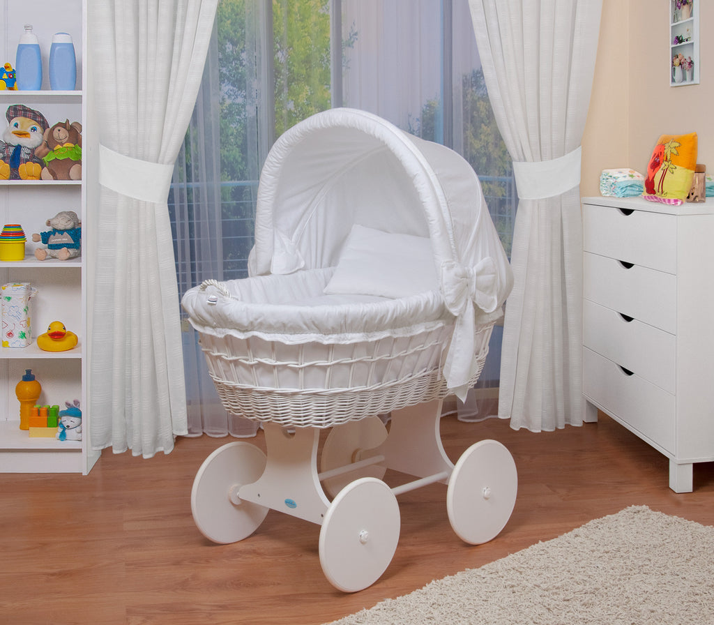 Natural Nursery, Natural Nursery Ireland, www.naturalnursery.ie, naturalnursery.ie, bassinet, natural bassinet, day bed, moses basket