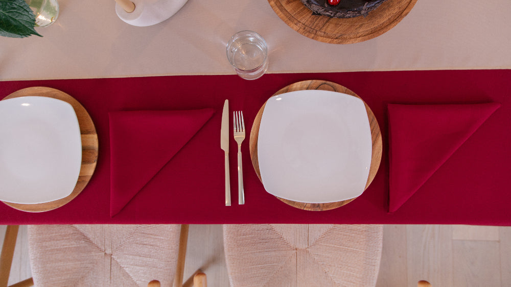 Polyester Poplin  Napkin 18 by 18-Inch In Cranberry