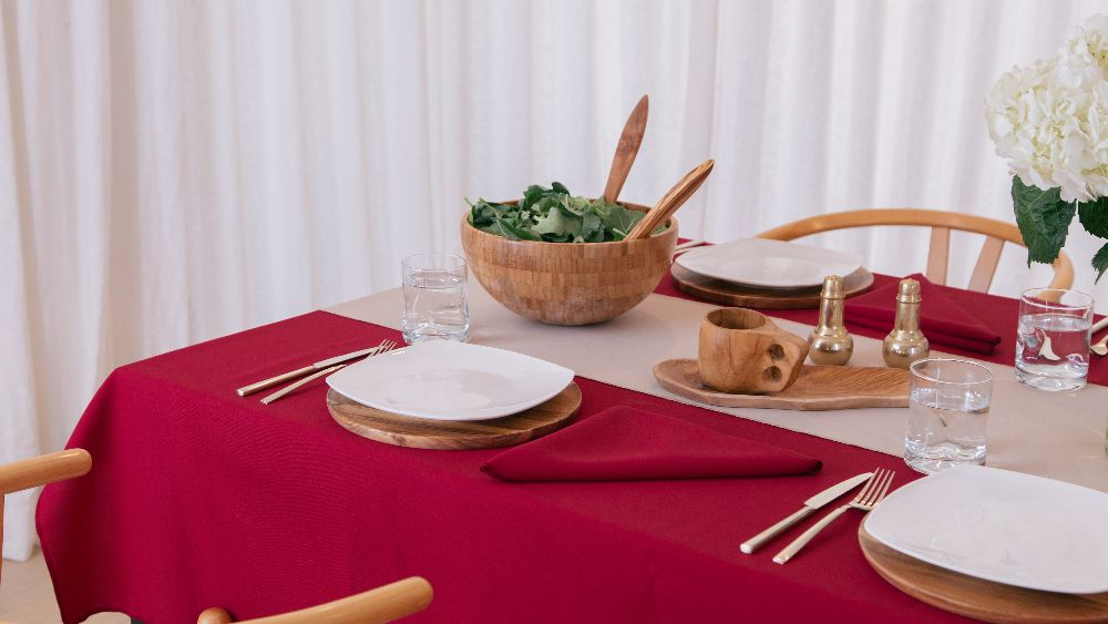 Polyester Poplin Rectangular Tablecloth 60 by 108-Inch in Cranberry