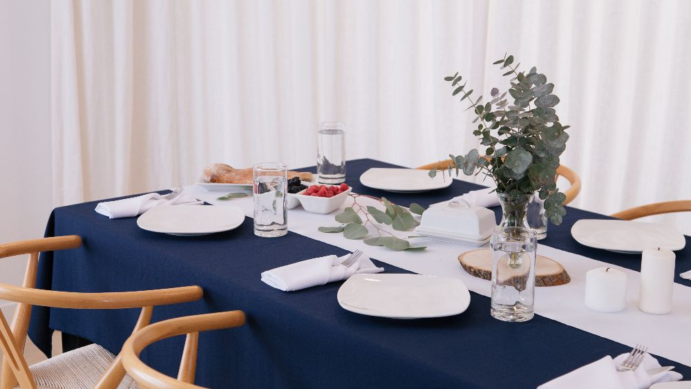 Polyester Poplin Rectangular Tablecloth 60 by 108-Inch in Navy