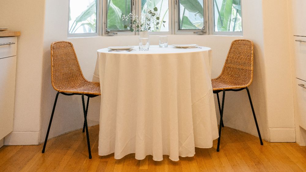 Polyester Poplin Round Tablecloth 108-Inch in White