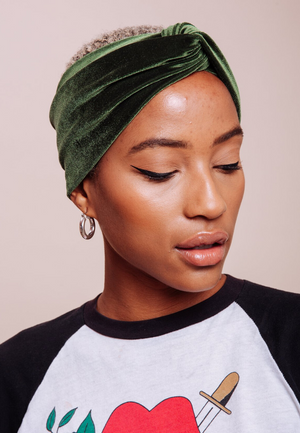 Load image into Gallery viewer, Kale Green Velvet TURBAN