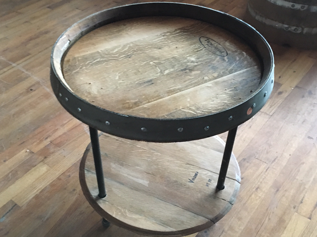 Smokin Barrel Works: Wine Barrel Pipe Nipple End Table