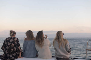 Lifestyle blogger's wine-filled boat trip with friends