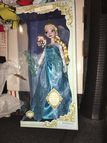 "Elsa Song & Snowflake 16"" Deluxe Disney Store Exclusive Doll"