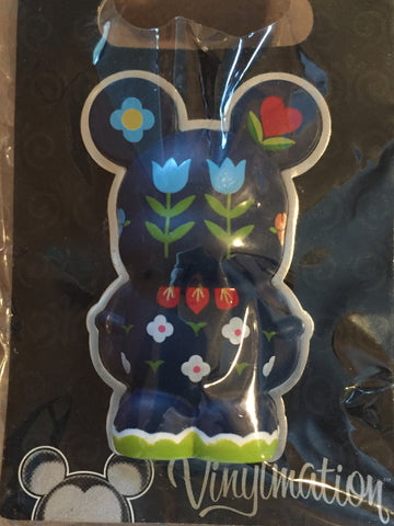 'it's a small world' Flower Vinylmation 3-D Pin