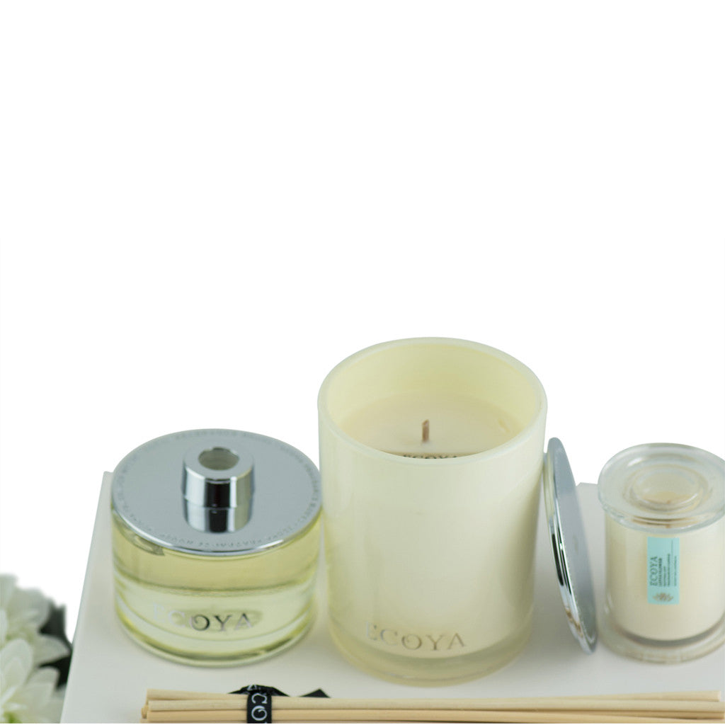 Lotus Flower Scented Large Soy Wax Candle & Diffuser Gift Box , 30 cm x 21 cm x 11 cm - Soy Wax Candles - The Bowery - 3