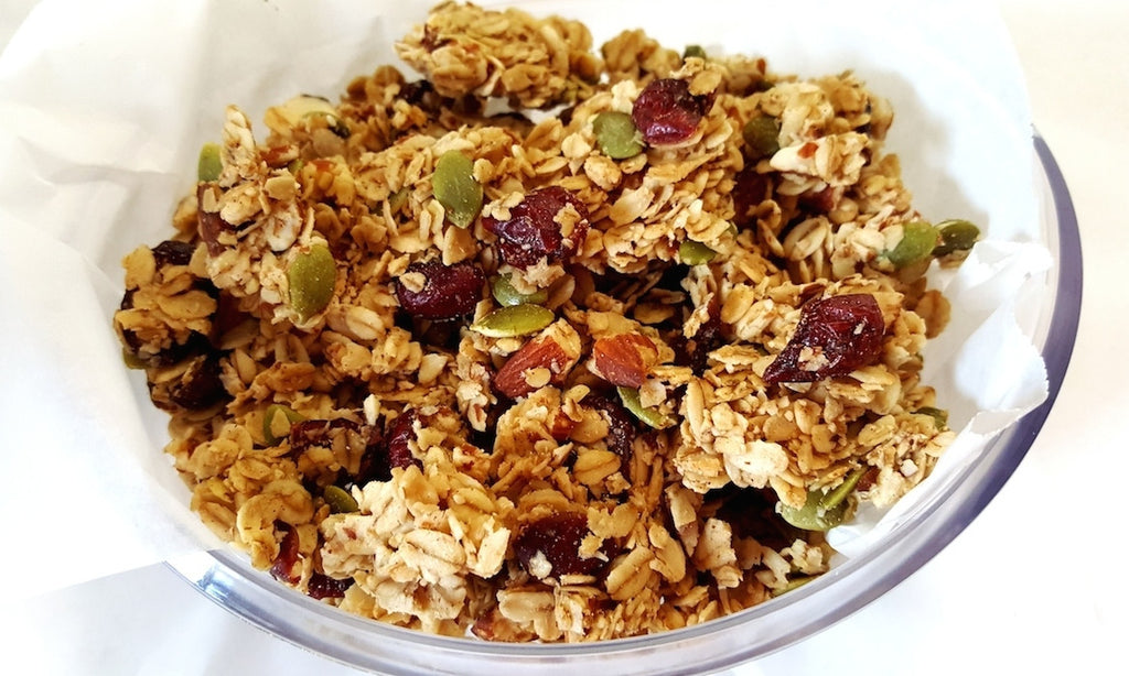 SUPERFOOD CRACK GRANOLA