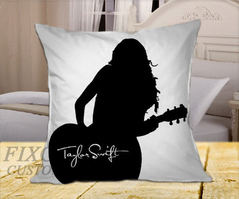 "TAYLOR SWIFT BW on Square Pillow Cover 16"" X 16"" / one side, Square Pillow Case - fixcenters, fixcenters"