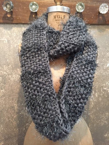 Independent Flavor Grey Scarf