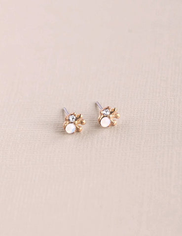 Nuance Amsonia Post Earrings