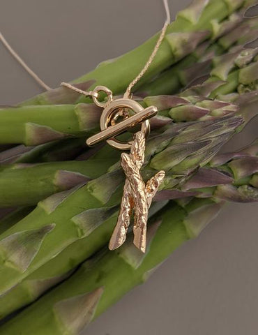 Nuance Asparagus Toggle Necklace