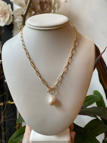 Susan Rifkin Gold Paperclip with Pearl Toggle Necklace