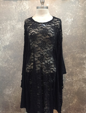 Sophi Reaptress Batwing Lace Dress