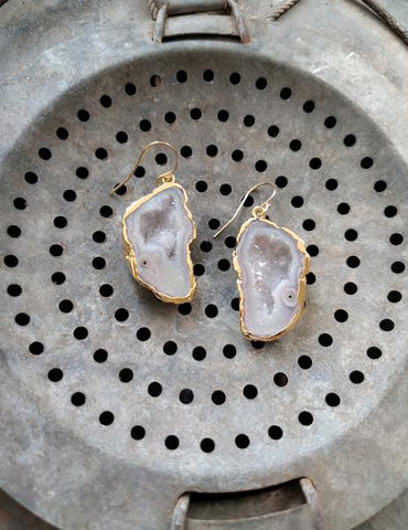Nuance Geode Cave Earrings