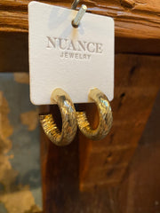 Nuance Gold Tube Hoops