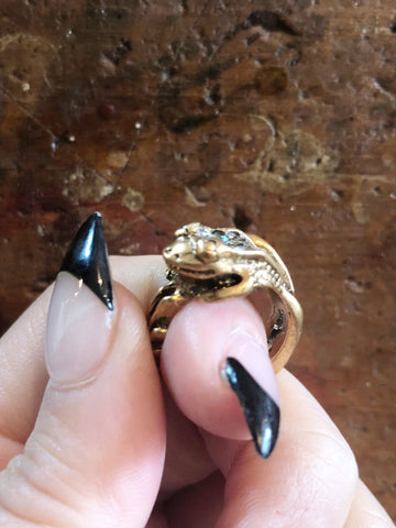 Nuance Bronze Frog Ring