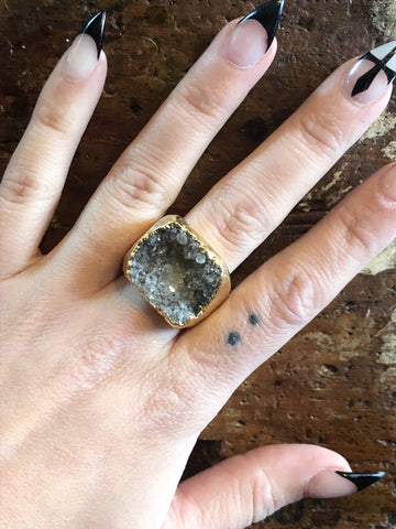 Nuance Druzy Light Grey Neutral Gold Ring