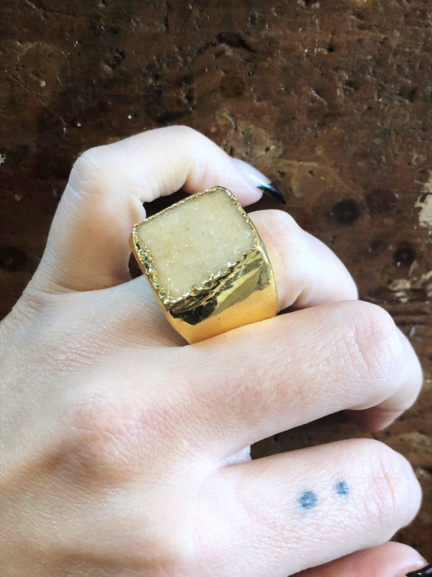 Nuance Druzy Warm Neutral Gold Ring