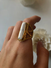 Hiouchi Chevron Howlite Ring Gold