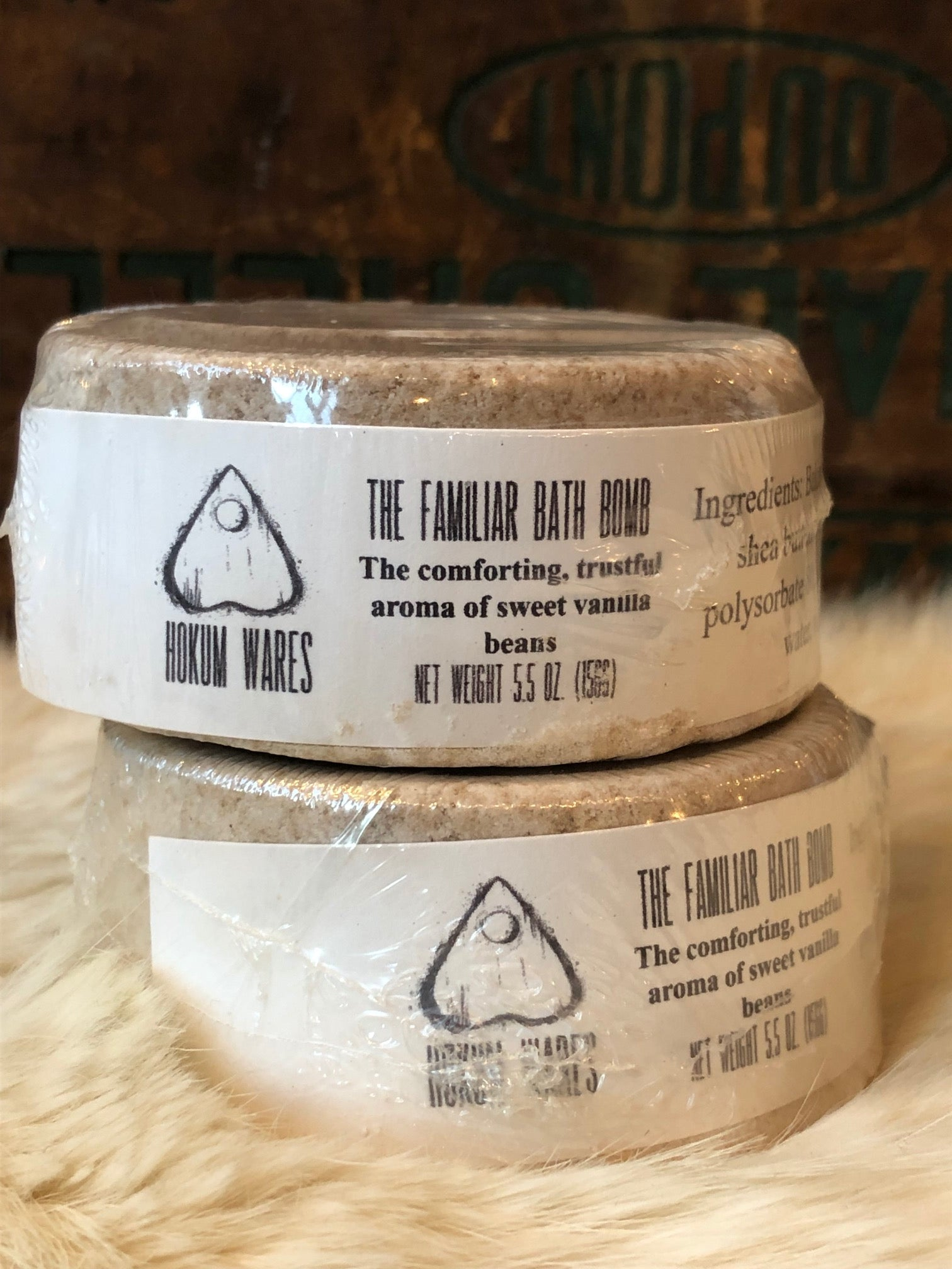 Hokum Wares Familiar Bath Bomb with Vanilla Bean