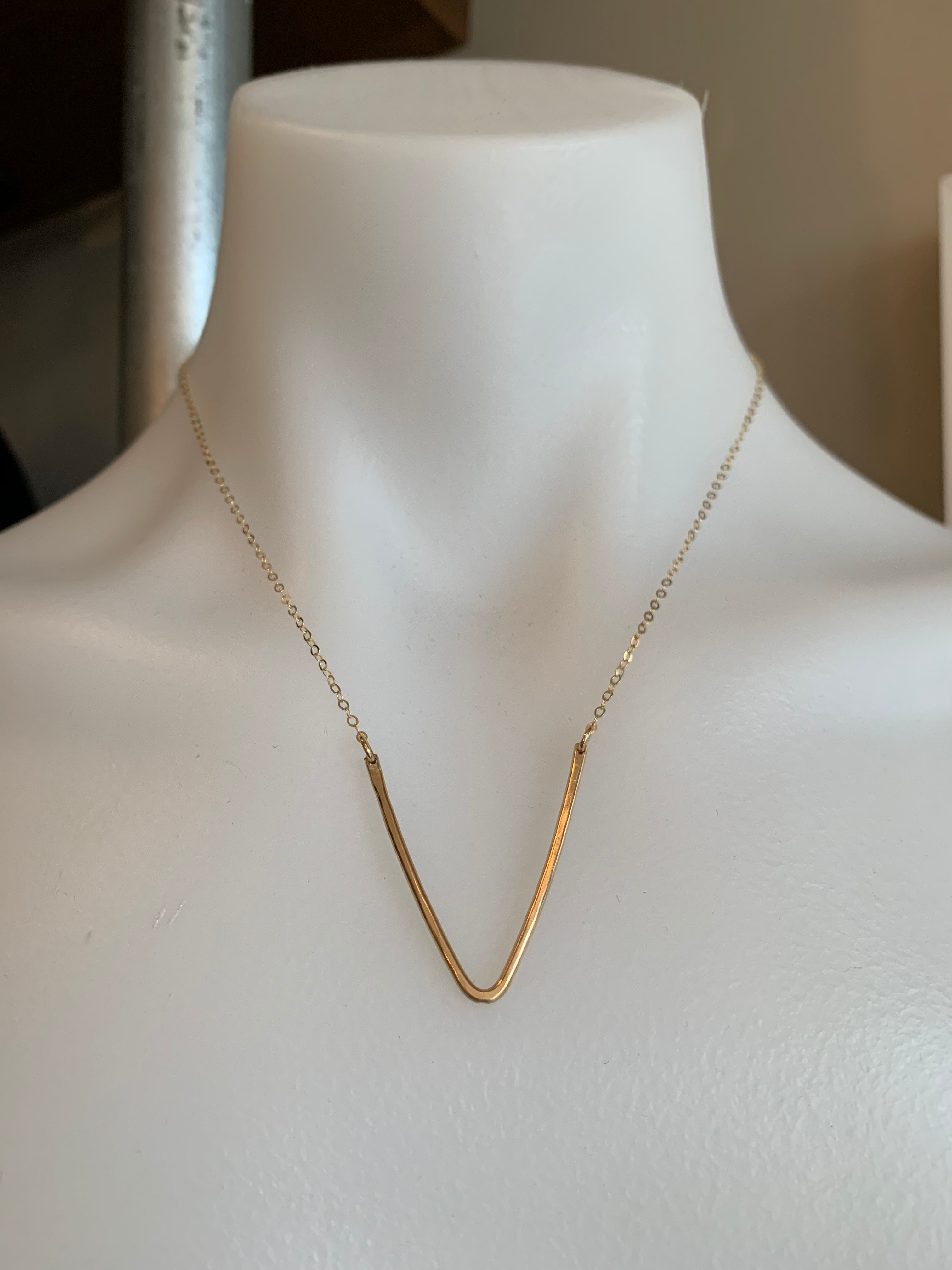 Vannucci Deep V Necklace Gold with Gold Chain