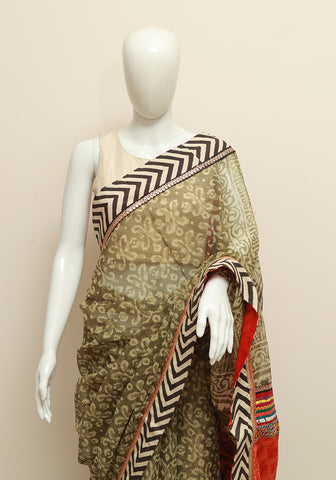 Blockprinted Mehendi Green Saree with Zig-Zag Border