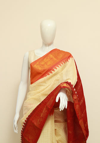 Off-white Sungudi Saree Design 12