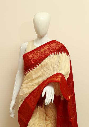 Off-white Sungudi Saree Design 6