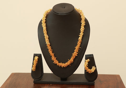 Traditional Jewellery Set with Artificial Pearls Design 9