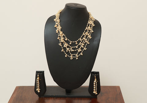 Traditional Jewellery Set with Artificial Pearls Design 7