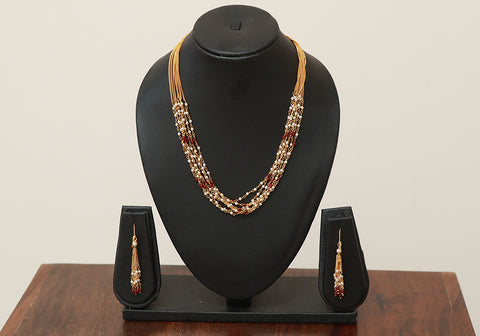 Traditional Jewellery Set with Artificial Pearls Design 2