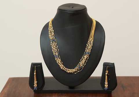 Traditional Jewellery Set with Artificial Pearls Design 4