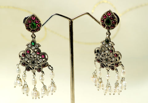 Silver earrings with semi-precious stones design 15