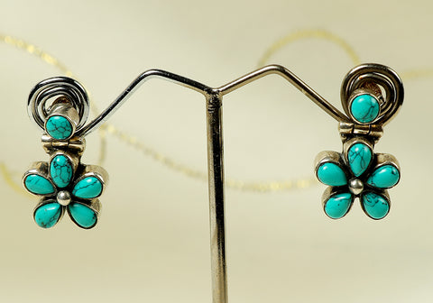 Daily wear silver earrings with semi-precious stones design 18