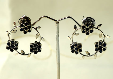 Silver earrings with stone design 1