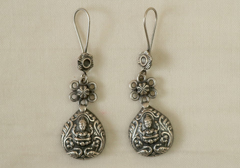 Daily wear light weight sterling silver earrings design 8