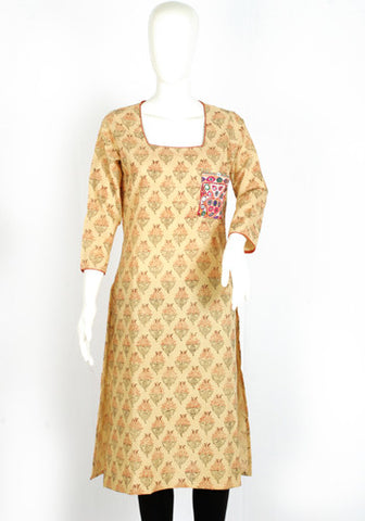 Off-white Blockprinted Kurta with Kutch Work Pocket