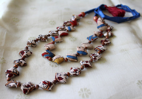 Upcycled Fabric Necklace Design 26
