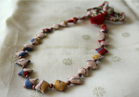 Upcycled Fabric Necklace Design 17