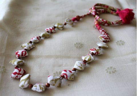 Upcycled Fabric Necklace Design 21