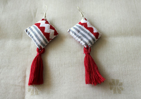 Upcycled Cloth Earrings Design 34