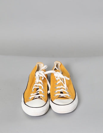 Yellow Low Converse