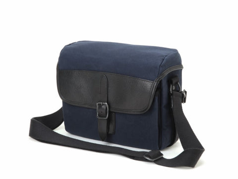 (DISCONTINUED) Artisan & Artist CLCAM 1100 Camera Bag (Navy)
