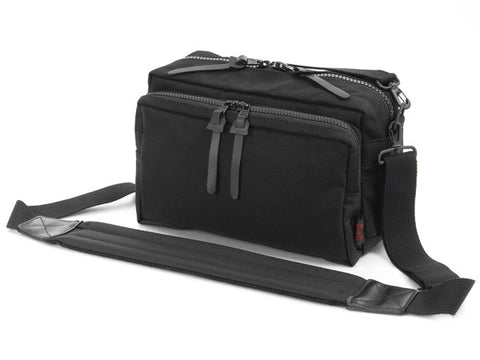 Artisan & Artist ACAM 1100 Camera Bag (Black)