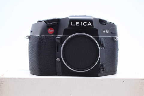 USED- LEICA R8 FILM CAMERA (BLACK) ONLY, 98% LIKE NEW, SN:2464699,YL PUDU