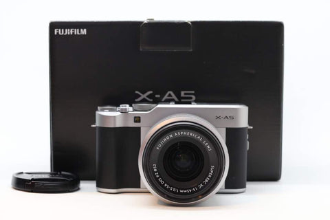 USED-FUJIFILM X-A5 With 15-45mm F3.5-5.6 PZ OIS LENS,95% LIKE NEW,s/n 8SL10763,YL PUDU