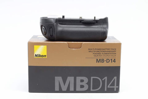 USED-Nikon MB-D14 Battery Pack for Nikon D600/D610, 90% LIKE NEW,s/n 2026589,YL PUDU