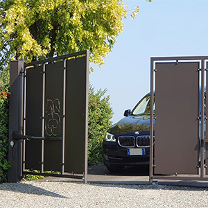 Low Consumption Solar Gate Garage Amp Parking Automation