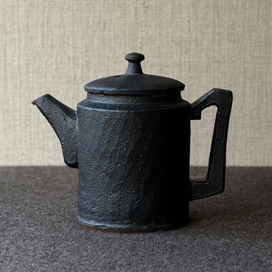 Iron Black Glaze Turret Teapot